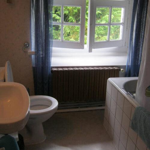 Timsplace Verteuil Bathroom