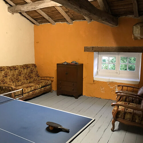 Verteuil Games Room Table Tennis